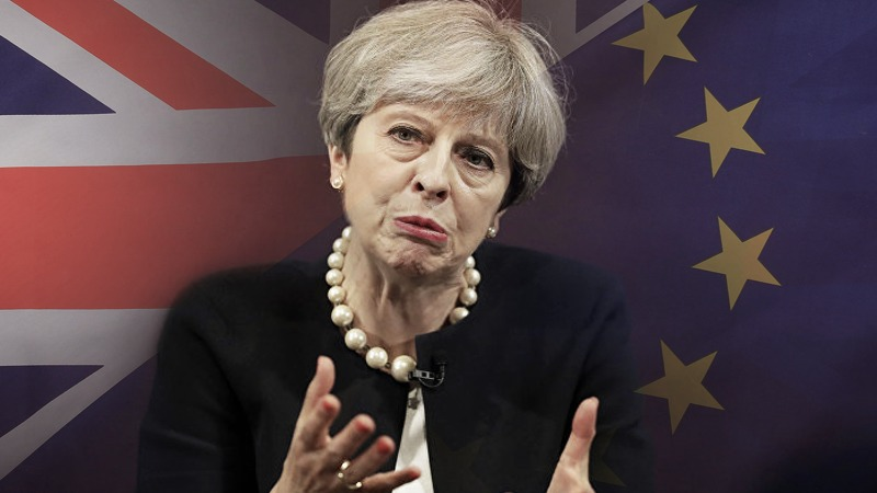 To Brexit or not to Brexit: why May fails either way