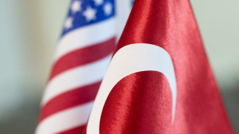 Çavuşoğlu: Amerika'nın oyalama taktiği Fırat'ın doğusu için geçerli olmayacak