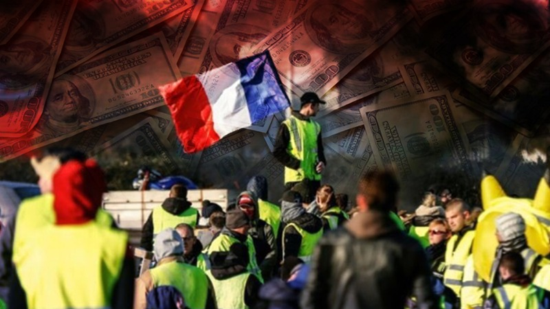 "The beginning of a social ""Stalingrad"" in Europe: the Yellow Vests against the totalitarian Empire of Finance"
